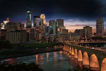 Stone Arch Bridge Minneapolis Skyline Credit Photo By Dan Anderson Courtesy Of Meetminneapolis Medium